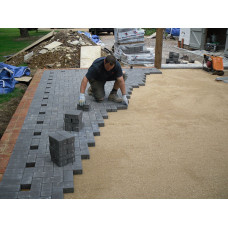 Укладка тротуарной плитки с гарантией! Цена за работу, за 1 кв м. на песчаное основание